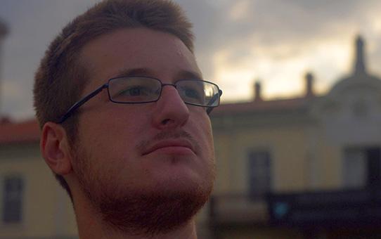Алекс Букарски