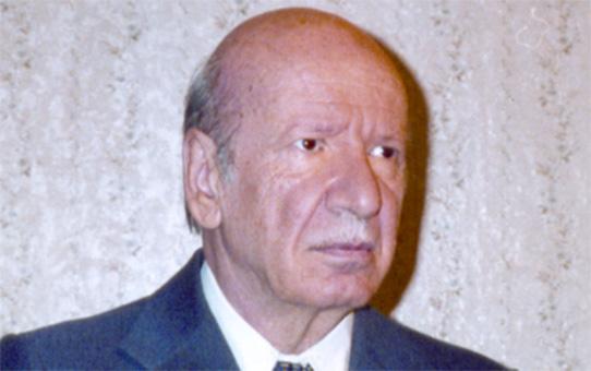 Владимир Костов